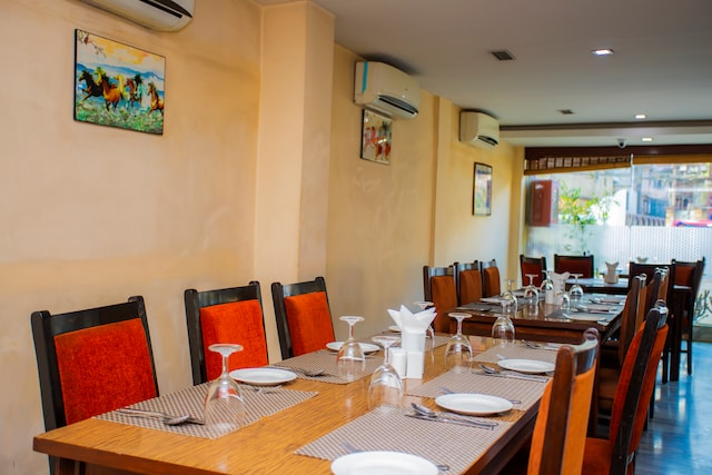 HOSPITALITY INDUSTRY IN NEPAL AND ITS HISTORY – Yellow Pagoda